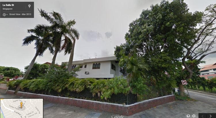 Siglap Ave with tree 02 2014 - 3